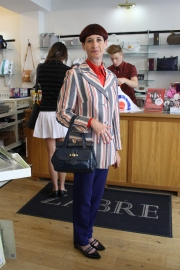 Tracy Moxon-Waddell shopping in Zabre ... I couldn't resist a photo; Tracy's oozing style!
